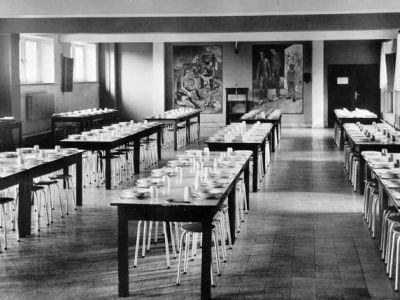 1955 - Le réfectoire