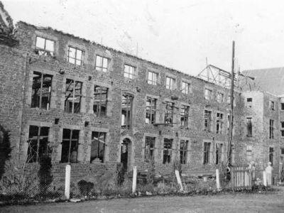 1938 - Reconstruction
