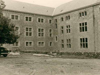 1955 - Construction de l'aile de la salle de théâtre