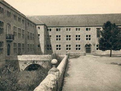1938 - Les travaux sont terminés.