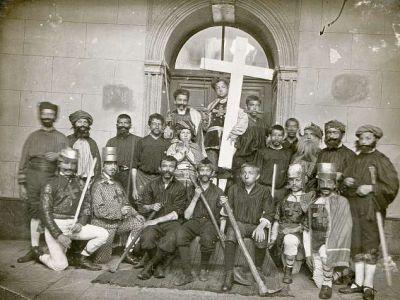1911-1912 - Renégat et martyr