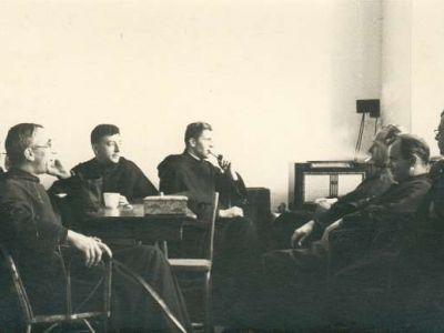 1944 - En salle des professeurs