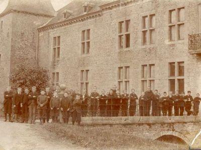 1901 - Tous sur le pont !