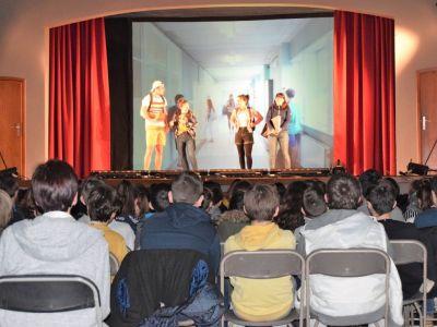 Spectacle en salle de théâtre